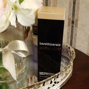 Bare Minerals, BARESKIN Foundation Bare Shell 02